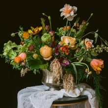 Foam-free spring centerpiece created by a student at the 2019 Whidbey Flower Workshop produced by Tobey Nelson   image and styling by Suzanne Rothmeyer Photography