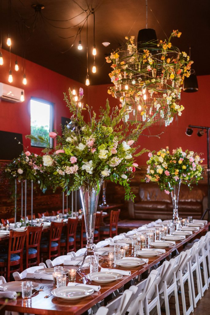 Foam free elevated centerpieces from the Whidbey Flower Workshop